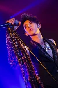 汪東城在個人演唱會上,化身台版黃泰京,展現美男魅力(照片提供:ASC)