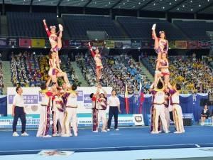 東南科技大學啦啦隊優異的表現贏得場邊的歡呼