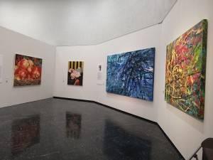 台灣美術院展展出包括油畫、水墨畫和設計畫等各領域的美術作品