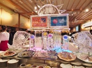 現場擺設冰雕,慶祝東京之星銀行加入中信金控集團