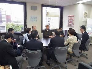 台北市文化局長倪重華訪問橫濱市文化觀光局,和相關人員進行意見交換