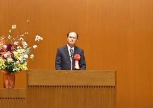 駐橫濱辦事處處長粘信士鼓勵新生踏入新環境,多結識新朋友