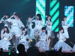 AKB48壓軸演唱,為活動掀起高潮