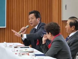 立法院の李鴻鈞委員