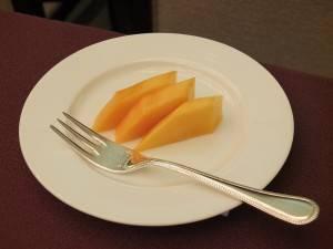 台湾マンゴーの試食会も行われ、参加者らは高い品質の愛文マンゴーに舌鼓をうった