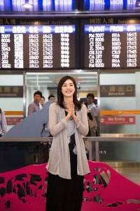 天海祐希一出海關看到近500位的粉絲接機,相當驚訝自己在台灣人氣