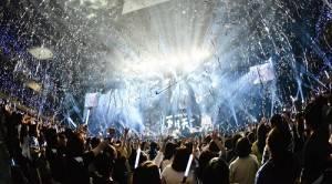 五月天連續兩天登上武道館演出,有來自日本、台灣和中國等地的歌迷朝聖,見證夢想實現(©橋本塁(SOUND SHOOTER))