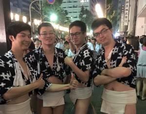台湾在日福岡留学生会のメンバー5人が博多祇園山笠の追い山に参加