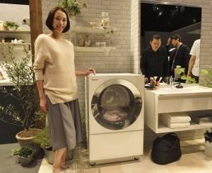 1PANASONIC推出「Cuble」滾筒式洗衣機(預計11月上旬上市),時尚的外型設計,足以改變居家環境氛圍
