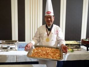 墾丁福華度假飯店主廚謝清鎮親自掌廚 以櫻花蝦炒飯宴客