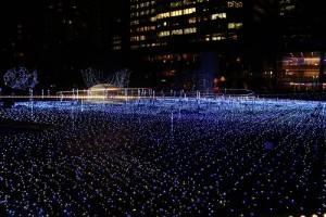 腹地約2000平方公尺的星光花園,點亮超過18萬個LED燈