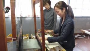 專業指導下體驗紡織機操作