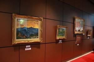 台灣知名油畫家楊三郎的作品首次應邀在私人空間展出,楊星朗盼能藉此讓日本民眾認識台灣藝術