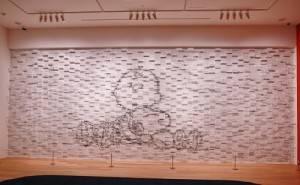 利用超過4千張漫畫打造成具有3D效果的漫畫牆(©Peanuts)
