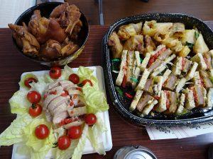 參加者每人自備一種餐點與大家分享