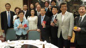 謝長廷代表伉儷與橫濱僑領日本議員等合影