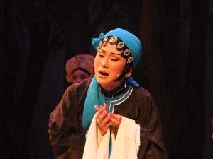 李三娘を演じた廖瓊枝さんの直系弟子の張孟逸さん