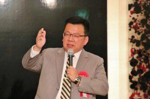 立委李俊俋表示正名需靠民間力量推一把