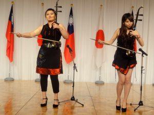台湾人留学生による、美しい音色の二胡演奏