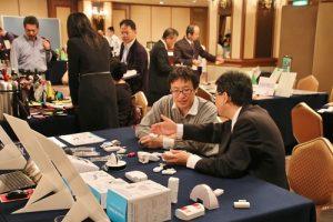 現場有許多日本業者到場洽商