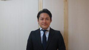 司法書士堀內貴敬表示買家遇到土地急售案一定要與有經驗的司法書士商談