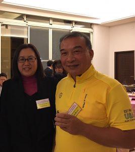 全聯會・林正雄理事長(右)と在日台湾不動産協会・錢妙玲理事長(左)