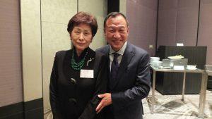 大江会長(右)と吳淑娥理事